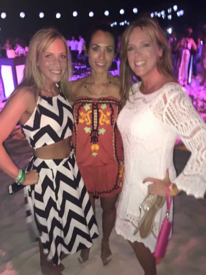 Cancun Elite Coach Party with Autumn Calabrese