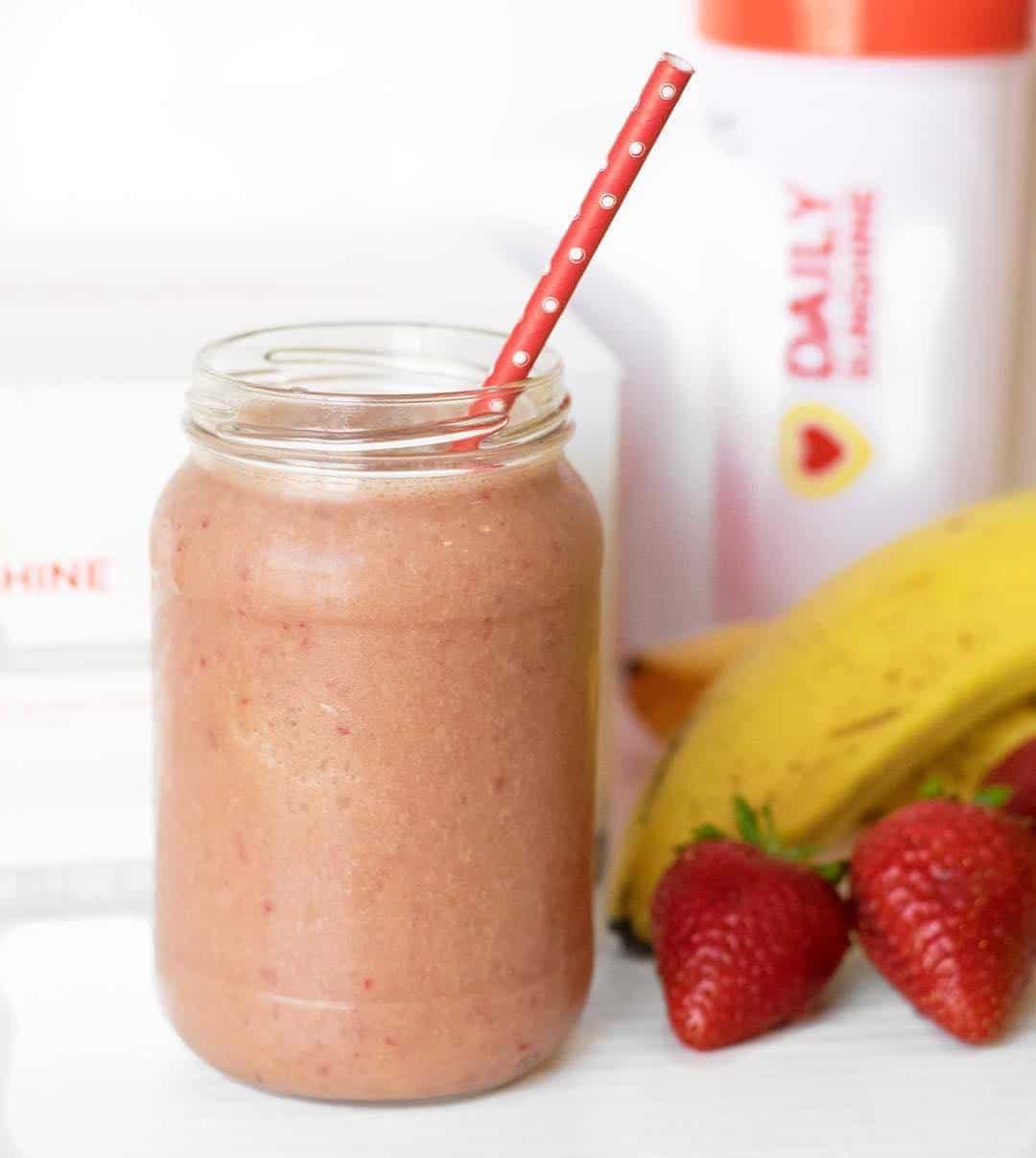 kids strawberry banana smoothie