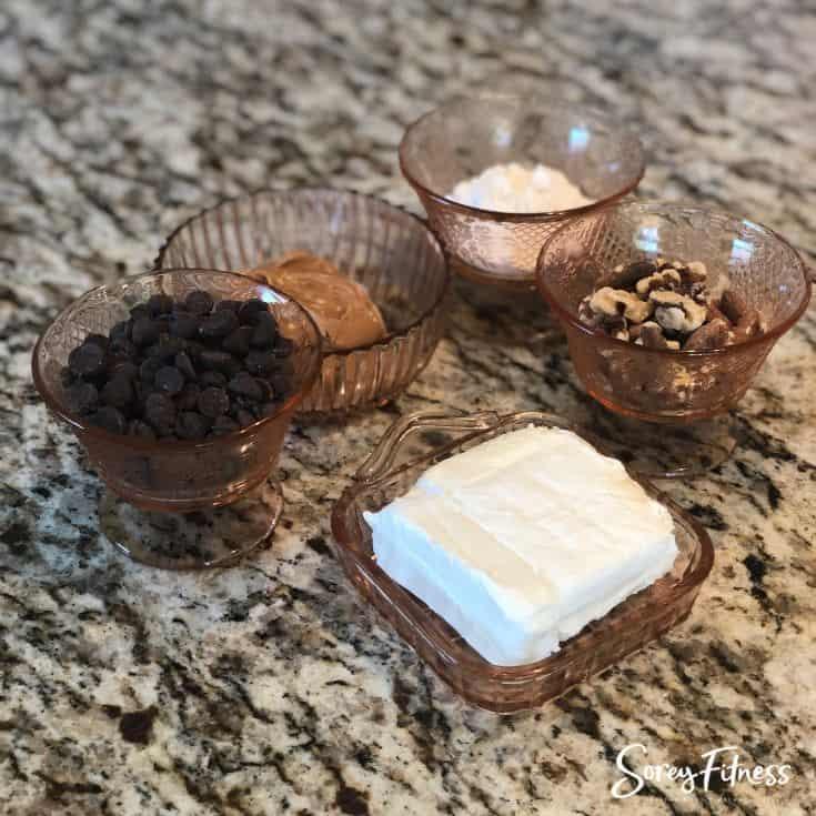 Keto peanut butter balls ingredients