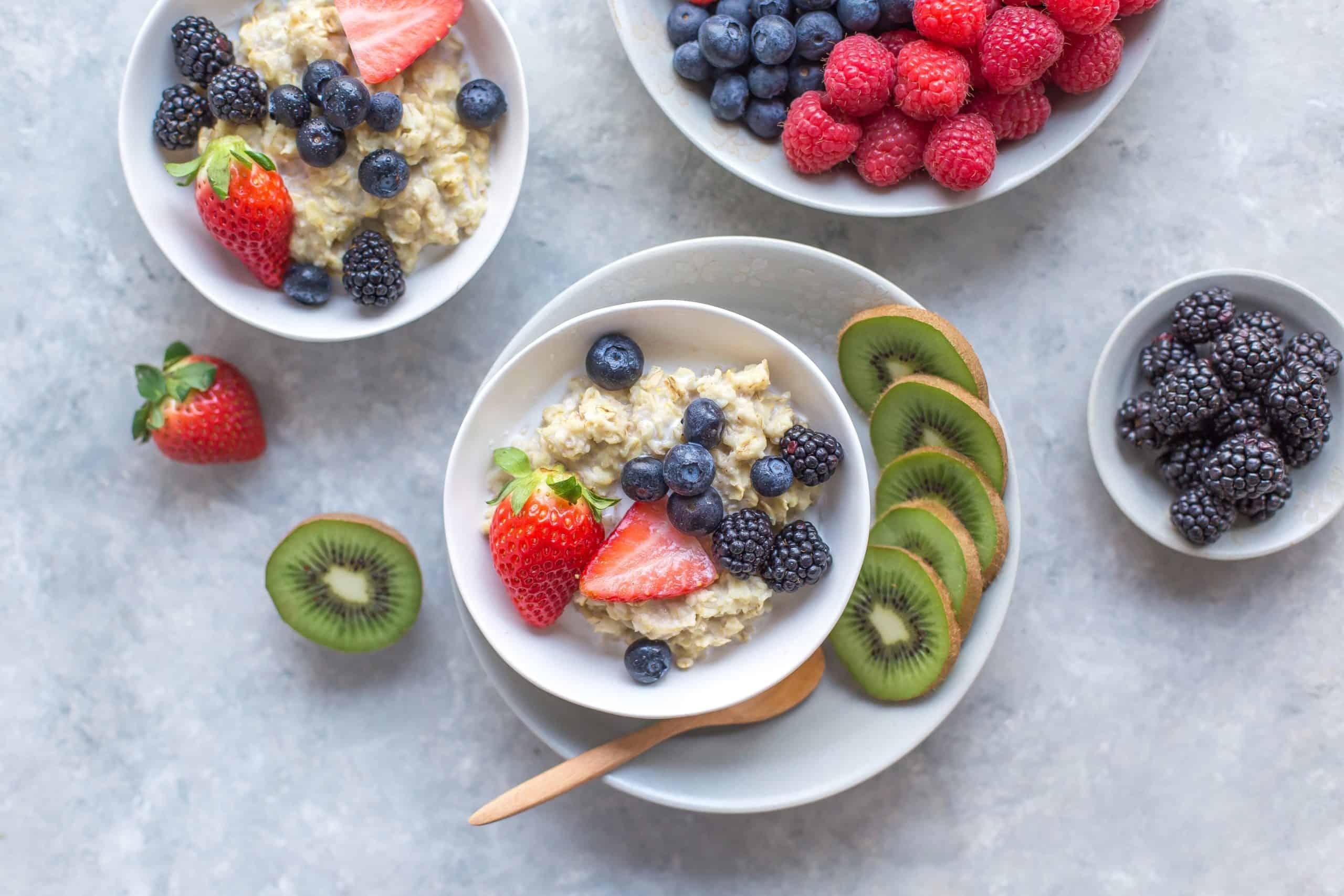 healthy breakfast oatmeal and fruit