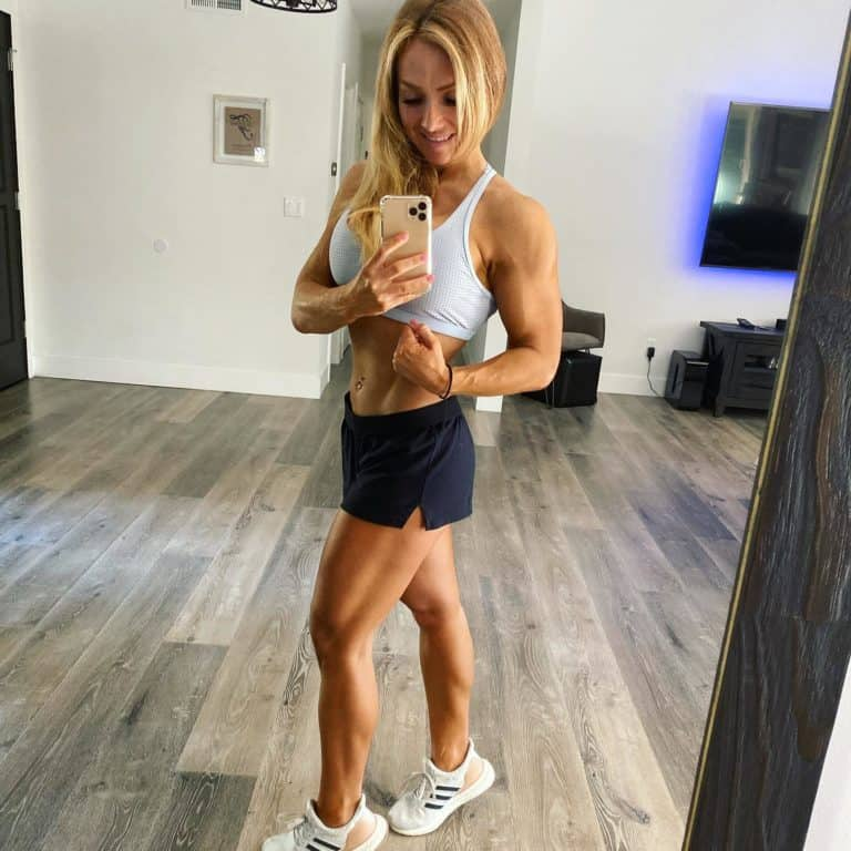 Breanne Freeman's Ultimate Girls Guide to Getting Lean and Strong Review