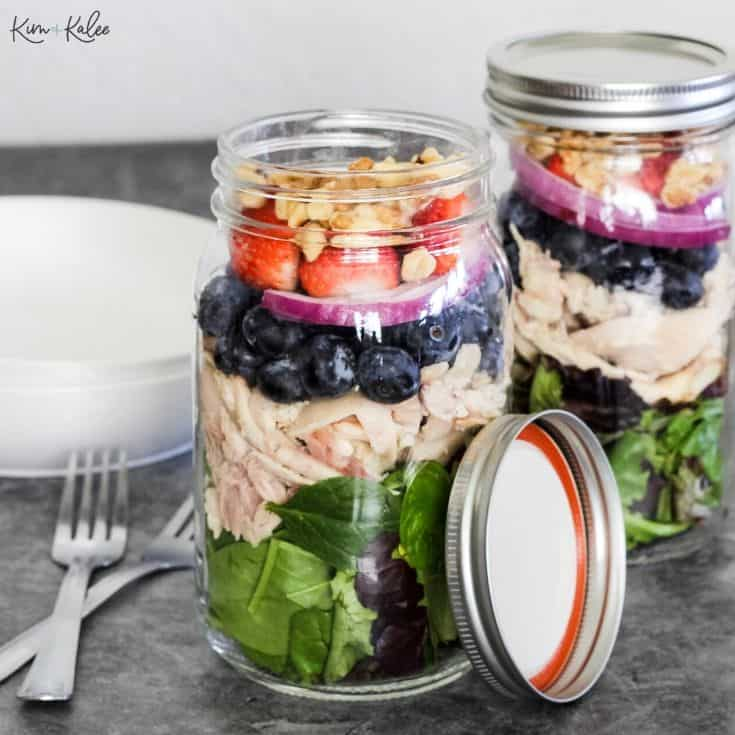 Paleo Strawberry Spinach Salad with Rotisserie Chicken in a Mason Jar