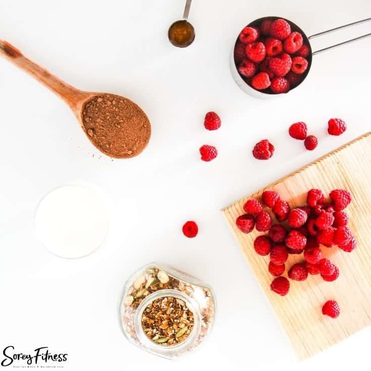 Easy Chocolate Vegan Smoothie Bowl Ingredients