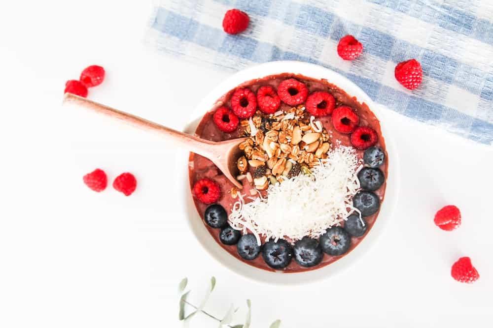 Vegan Chocolate Raspberry Smoothie Bowl