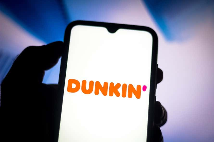 dunkin' donuts app on a smart phone